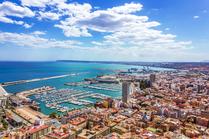 Alicante panoramic view-credit-Dragomir Nikolov-shutterstock_166786037