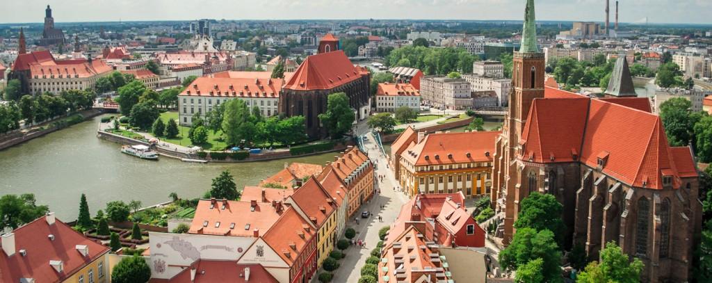 wroclaw-poland-shutterstock_244650346-1440x572